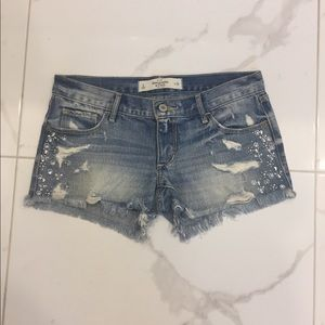 Abercrombie & Finch Low Rise Shorts